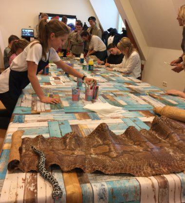 Slangenhuid schilderen